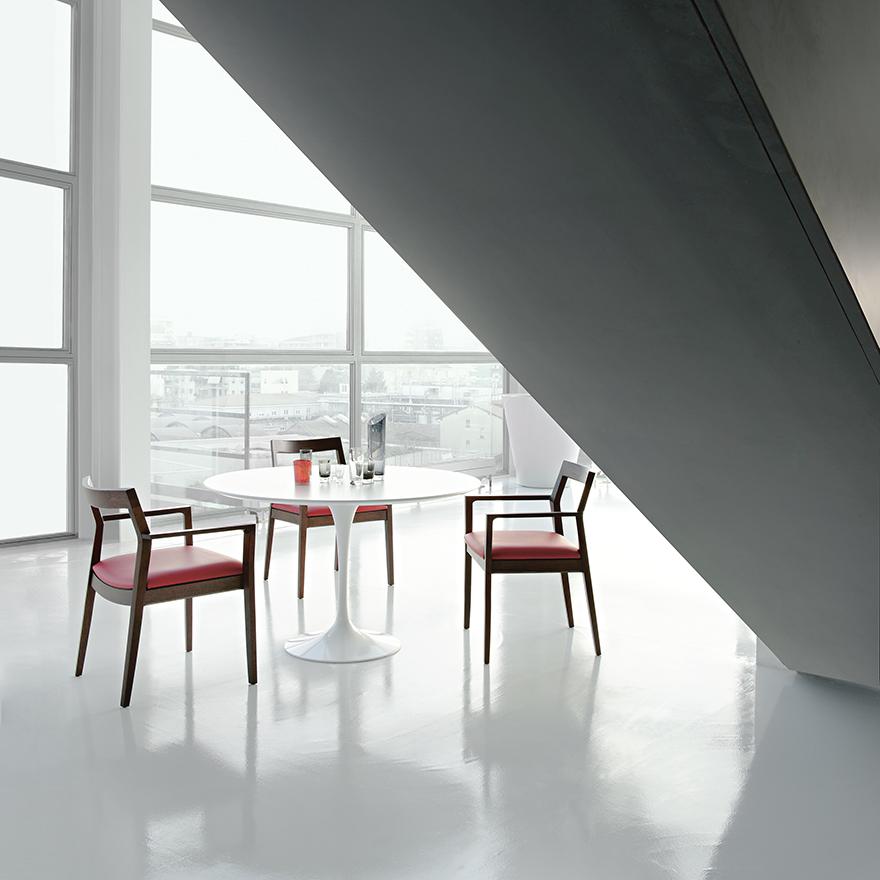tulip round 120cm lifestyle Contemporary Designer Furniture