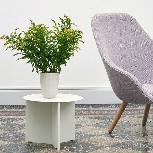 Hay Slit Table Round Lifestyle2 contemporary designer furniture