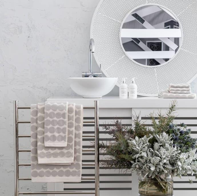 Marimekko Rasymatto towel lifestyle contemporary designer homeware