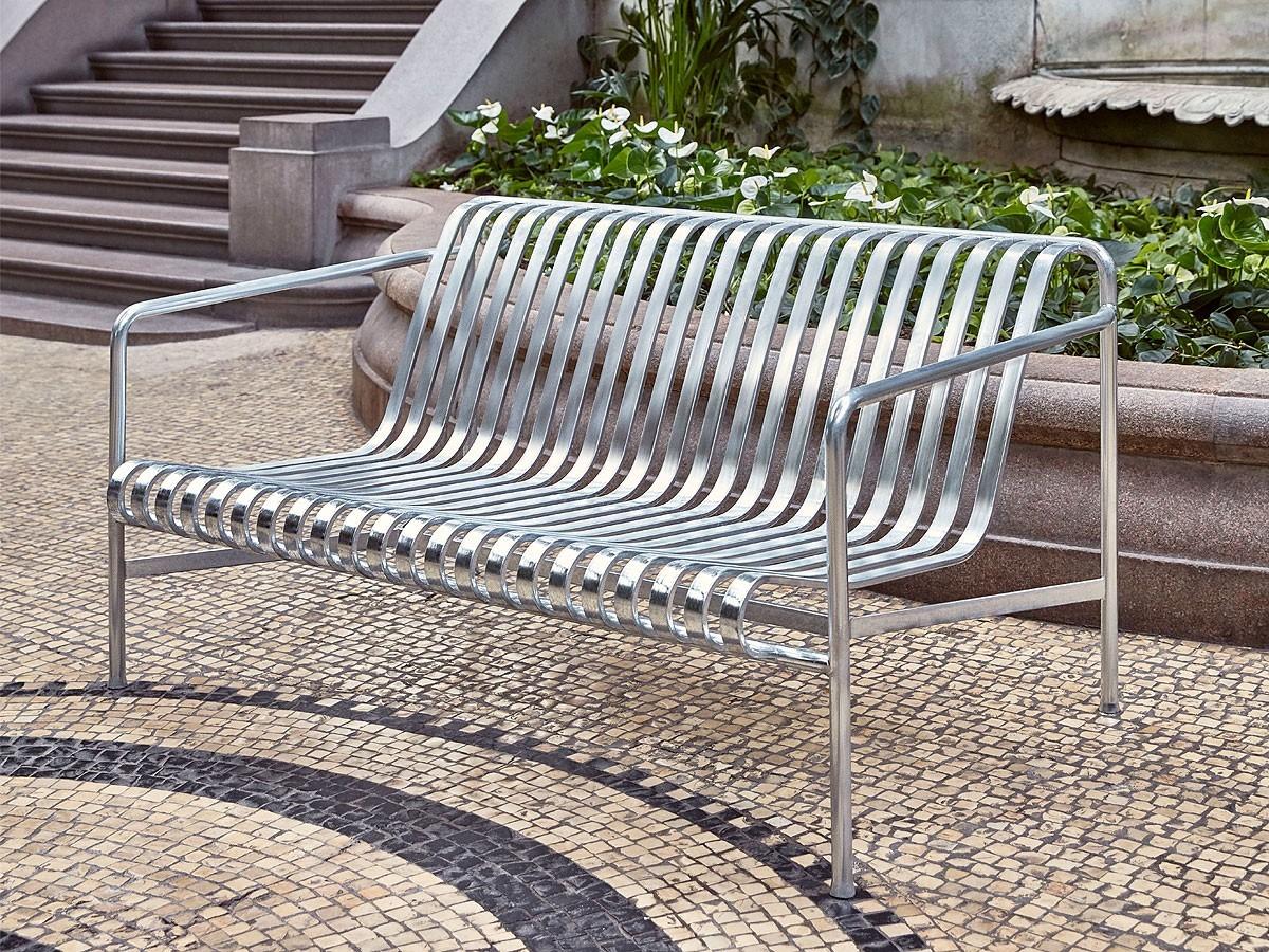 Hay-Palissade-Lounge-Sofa-Lifestyle1