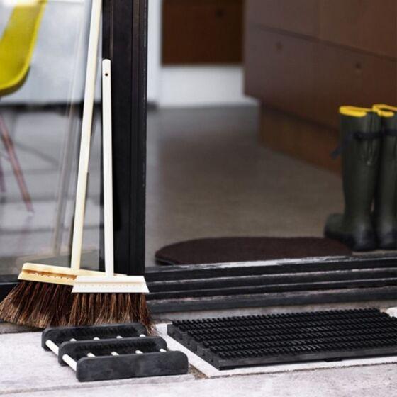 Iris Hantverk Doormat black lifestyle